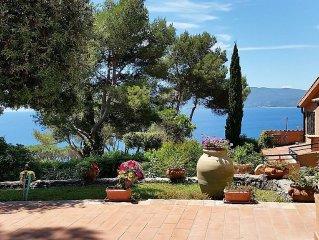 Villa panoramica con giardino vista su MonteArgentario e spiaggia della Feniglia