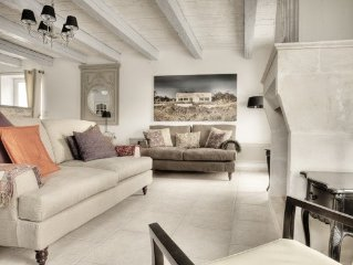 Charming Maison de Village with easy access to beach, woods and town centre