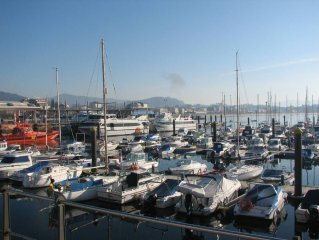 Cangas: Family Apartment