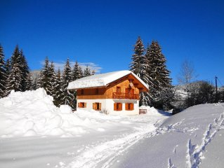 Ski Chalet with sauna, jacuzzi near ski lifts, in tranquil location near Megeve