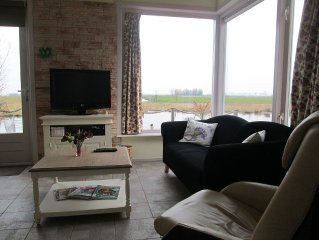 New!! House, with great views over water and farmland, 10 min to Amsterdam