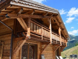 A beautiful new ski-in, ski-out chalet with hot-t
