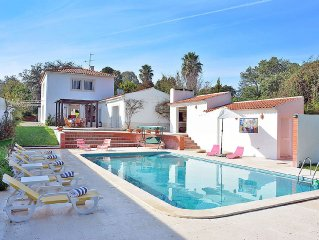 Villa For 10 With Swimming Pool And 1.5km Far From The Beach