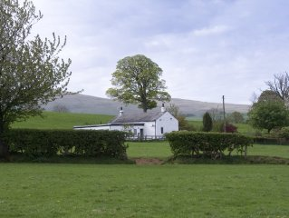 Luxury Lake District cottage sleeps 6 (+ cot)