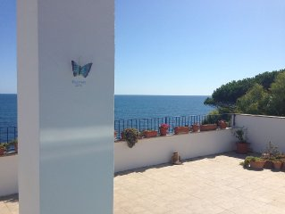 House by the sea!90sqm terrace with sea view 180 °!Access Private parking Priva