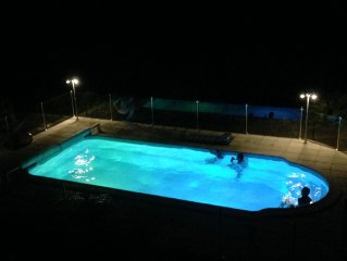 Beautiful villa for 2-6guests, fenced pool, large balcony to enjoy the view