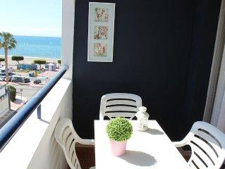 Málaga: Piso en Primera linea de  playa. WIFI. Terraza con vistas.Parking