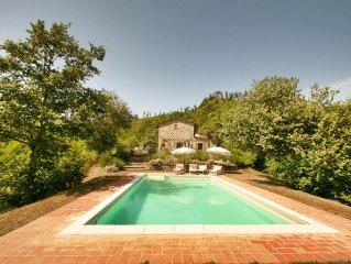 La Rondinaia: 3 bedroom, 3 bath, beautifully presented private house, pool, wifi