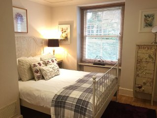 Fantastic Luxury London Apartment with Huge Garden in tree lined street nr Tube