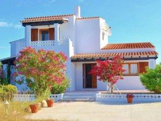 Casa de campo con gran jardin a las afueras de San Ferran De Ses Roques