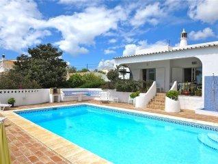 Family Villa.Detached Large Pool, 3 bedroom 2 bathroom, Sea View