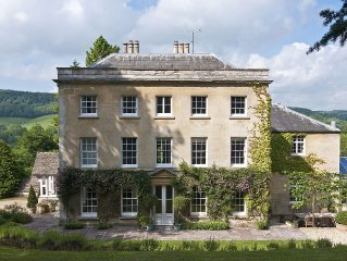 Elegant Georgian Manor House in Idyllic Cotswold Valley