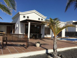 Luxury Villa With Private Heated Pool, Sea View, Free WIFI, Bicycles,Air Con