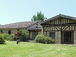 Totally private 6 bedroom Farmhouse Barn convertion with fenced 11X5m tiled Pool