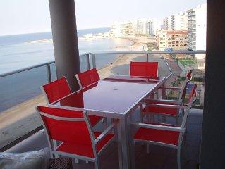 Apartamento en primera línea del Mar Mediterráneo con Playa de Bandera Azul