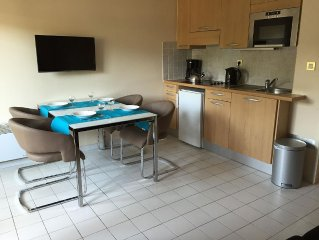 4 person Studio Apartment near the beach and port,recently modernized