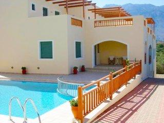 Rethymnon,maison de vacances,1,5km de la plagedesable,piscine partagée,jolie vue