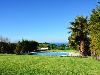 Beautiful Villa With Swimming Pool and Sea View