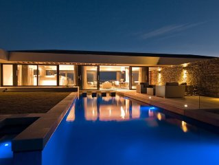 Stunning 4Bedroom * SimolaGolfEstate With infinity Pool. Spa&Rest on WalkDistanc