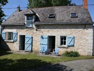Loire Valley cottage near Saumur, peaceful but close to village amenities.