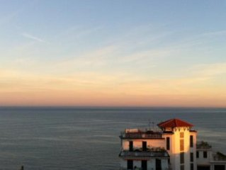 Beautiful ocean view through all windows, appartement in a beautiful old basque