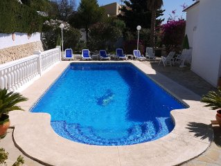 Calpe: Bonito chalet con piscina privada y preciosas vistas a la bahía de Calpe