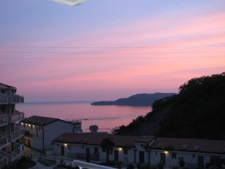 Stunning Views- Stylish 2 bd/2bth rental in picturesque Przno-Sveti Stefan