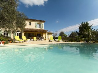 Beautiful Family Villa With Private Pool, few minutes walk to Valbonne Village