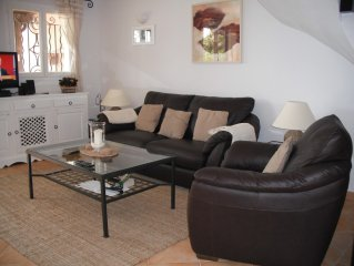 Lovely air conditioned 3 bedroom villa with sea views