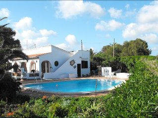 Villa Serena Rosa with Large Private Pool, Mature Garden and Sea Views