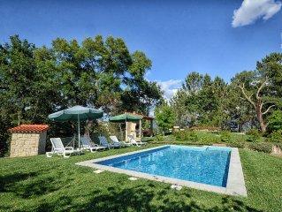Casa Rural Luxuosa em Celorico de Basto com Barbecue e Piscina Privada