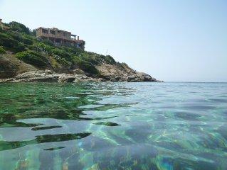 Sardinia Independent Villa at seafront, Cala Caterina, sealife - beach - sun