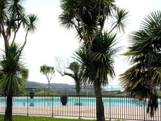 Pays Basque: Appart vu sur mer. Rés standing piscine, tennis, jardin, calme- T2