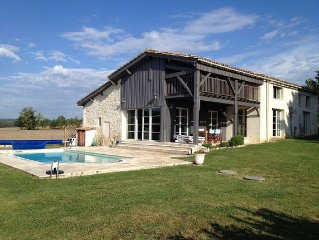 Farmhouse With Private Pool In Picturesque Setting