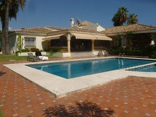 Villa de luxe isolée , tout confort, à proximité de Marbella , Puerto Banus