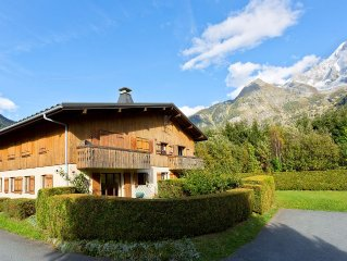 Lovely Chalet Style Ground Floor Apartment With South Facing Garden