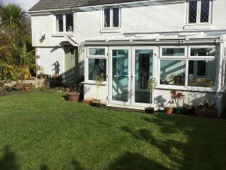 Lovely Cottage With Garden Near Superb Beaches Rosudgeon, Penzance,West Cornwall