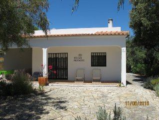 Villa With Private Pool, Stunning mountain views, WIFI.Tourism register 7698/AL