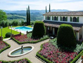 zeer luxe villa met zwembad op landgoed met fraaie tuinen nabij Florence