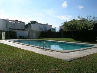 Casa Bella Sleeps 6 In This Beautiful Villa Close To Miami Platja Resort