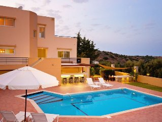 Lovely Villa Poseidon with private pool, large garden, sea views, East Crete