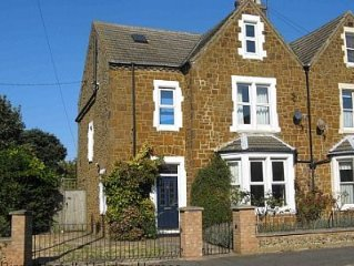Very Spacious family house, close to seafront and all amenities