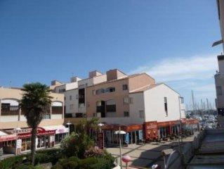 Appartement de 60m dans residence centre port