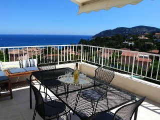 Beautiful villa panoramic sea view 5 minutes from the beaches and shops