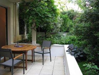Le Delaunay  'un jardin a Paris' appt 3 pieces 75m2 Terrasse Jardin parking Wifi