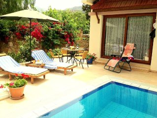 Charming Luxury Villa Siklamen, Private Pool, Sea+Mountain views.Sleeps 8 ,WIFI