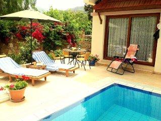 Charming Luxury Villa Siklamen, Private Pool, Sea+Mountain views.Sleeps 8 ,WIFI