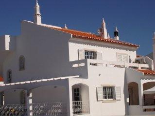 Lic 11363/AL  Wonderful  6 bed 5 bath house with pool walking distance to beach