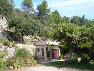 Charming studio near village, countryside and culture.