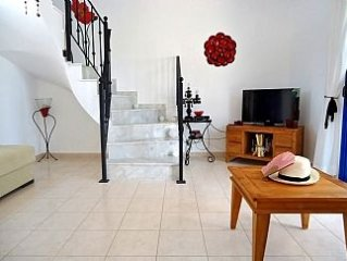 Olive Grove House - Private House Within Beautiful Olive Grove